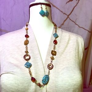 Jewelry - Turquoise and golden shell beads necklace+earrings